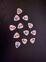 NEU Minion Gitarren Plektrum