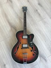 Höfner Gitarre Modell 457
