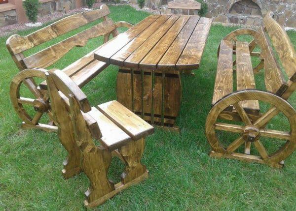Pferdekutsche Gartenmobel Aus Holz Tisch Bank