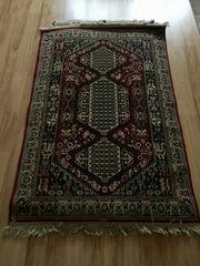 kleiner Teppich zu verkaufen
