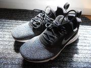 Fast neue Nike Air Presto