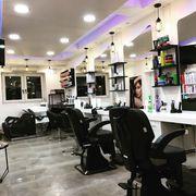 sehr Hochwertiger Friseur Salon in