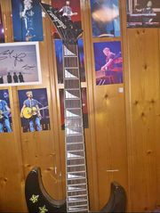 Jackson E- Gitarre 15W Verstärker