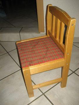 Baby- und Kinderartikel - stabiler Kinderstuhl aus Holz