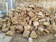Sandsteine Gartenmauer