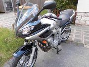 Sporttourer-Yamaha FZ 6 Fazer 99PS-600ccm