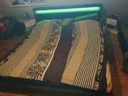 Schwarzes Kunst-Leder Bett mit Led