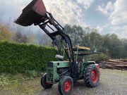 MF Traktor mit Frontlader