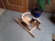 Holzschaukelpferd