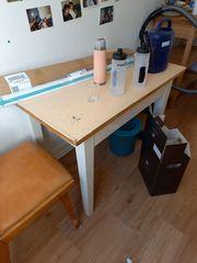 Kleiner Küchentisch Basteltisch zu verschenken