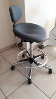Bürodrehstuhl - Arbeitsstuhl