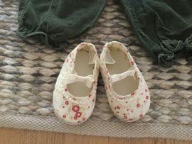 Baby Mädchen 6-12 Monate: Kleinanzeigen aus Augsburg Hochzoll - Rubrik Babykleidung/ -schuhe