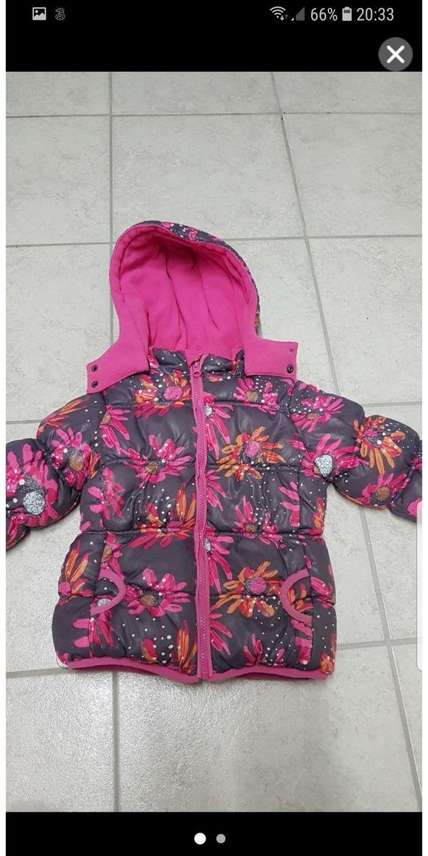 low priced 75edf dc411 Winterjacke Mädchen Gr 98/104 in Nüziders - Kinderbekleidung ...