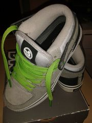DVS Skaterschuhe halbhohe Sneaker Gr