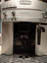 Kaffeevollautomat DeLonghi Magnifica 3200 S