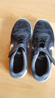 Nike in Kirchheim Bekleidung & Accessoires günstig