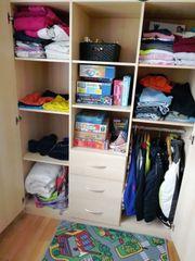 Kinderzimmer Kinderbett-Wickelkommode-Kleiderschrank-Regal