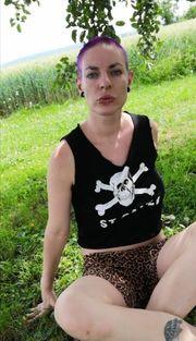 Sexy Bilder Videos gegen Gutscheine