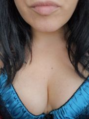 Dom Lady bietet Onlinesessions Fetisch