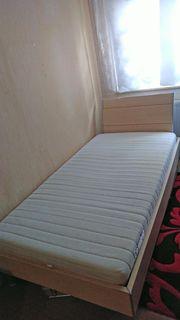 Bett mit elektrischem Lattenrost 1