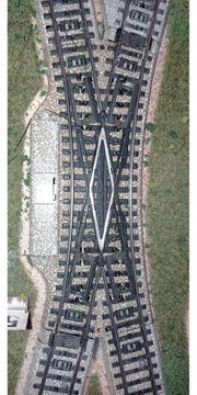Märklin M-Gleis Doppelkreuzungsweiche elektrisch 118mm