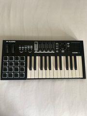 M-AUDIO CODE 25 midi Keyboard