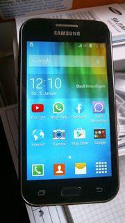 TOPerhaltenes Samsung Galaxy J1 4
