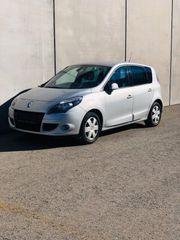 Renault Scenic Automatik - BJ 2010