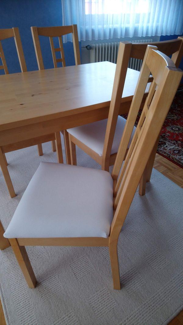 IKEA 1Tisch + 4Stühle + 1Teppich + 4Ersatzbezüge für Stühle - Minfeld - 1Tisch, 4Stühle, 1Teppich, 4Ersatzbezüge für die Stühle. Alles von IKEA.Alles sehr wenig gebraucht. NP 400EUR.Nur an Selbstabholer. - Minfeld