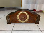 Wunderschöne antike Uhr