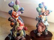 2 historische Clowns aus Keramik
