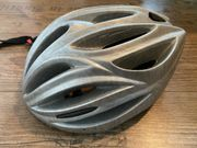 Fahrradhelm neuwertig - Größe universell einstellbar