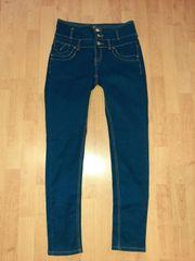 biete getragene Jeanshosen an mit