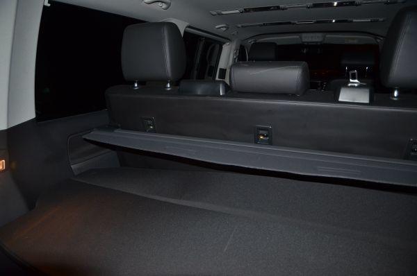 VW Multivan T5 Kofferraumabdeckung schwarz