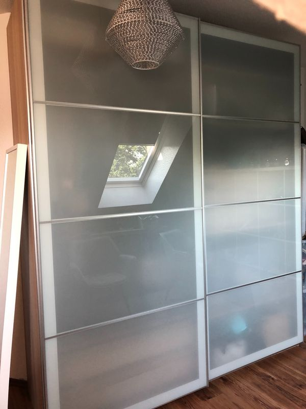 Schiebetüren Kleiderschrank Möbel Mit Ikea Pax Rheinberg In sQCxthrodB