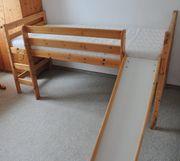 Hochbett für Kinder mit Leiter
