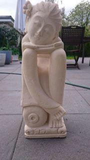 Skulptur Büste Statue Entspannte Frau