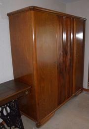 Schlafzimmerschrank alt ca 1952