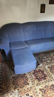Couch mit 2 Hocker und