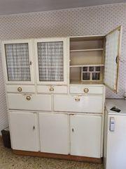 alte Vitrine Küchenschrank aus Haushaltsauflösung