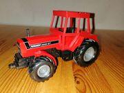 Traktor inkl Milchwagen- und Tieranhänger