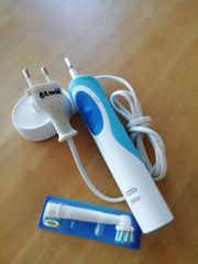 Braun Elektrische Zahnbürste mit Neuer