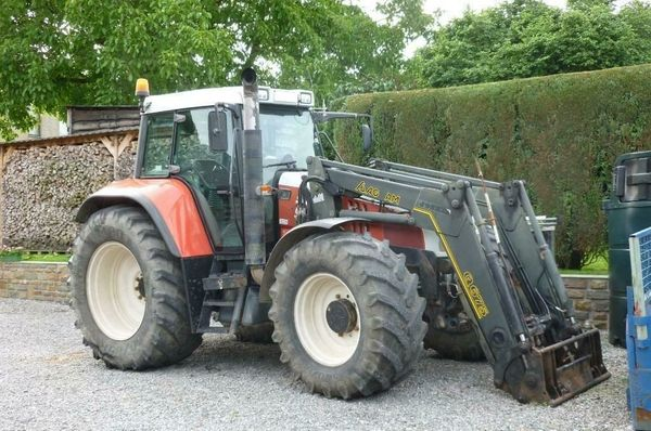 Spende eines landwirtschaftlichen Traktors