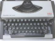 Olympia Schreibmaschine Modell Traveler Deluxe