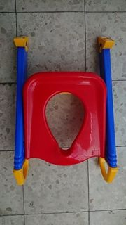Toilettensitz mit Treppe