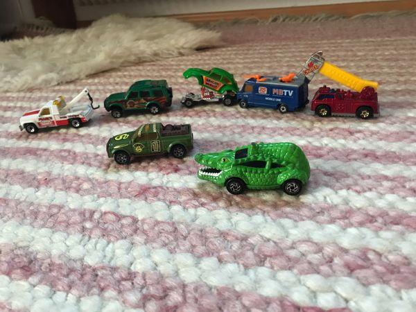 7 Matchbox Modellautos