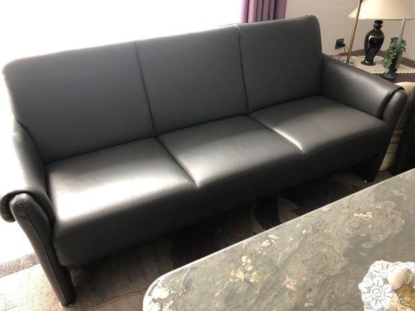 Moderne hochwertige Couchgarnitur - Made in