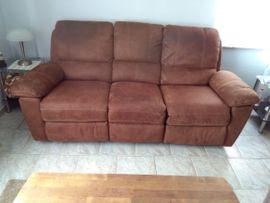 Sofa/Couch Garnitur mit Sessel gebraucht für Wohnzimmer.