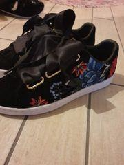 Schuhe, Stiefel in Neuwied Gladbach günstig kaufen