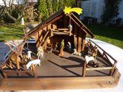 Krippe alpenländisch mit alten Figuren